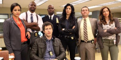 Brooklyn Nine-Nine tv sitcom TV seriale komediowe - tv-sitcom