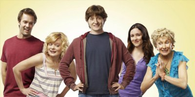 Raising Hope tv sitcom TV seriale komediowe - tv-sitcom