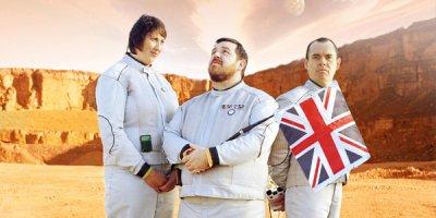 Hyperdrive tv sitcom British seriale komediowe