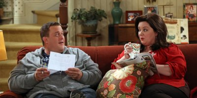 Mike & Molly tv sitcom TV seriale komediowe - tv-sitcom