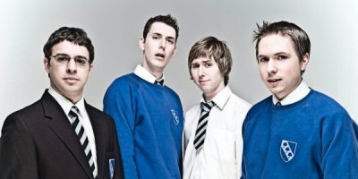 The Inbetweeners tv sitcom TV seriale komediowe - tv-sitcom
