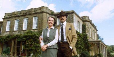 Szlachetnie urodzona tv sitcom British seriale komediowe