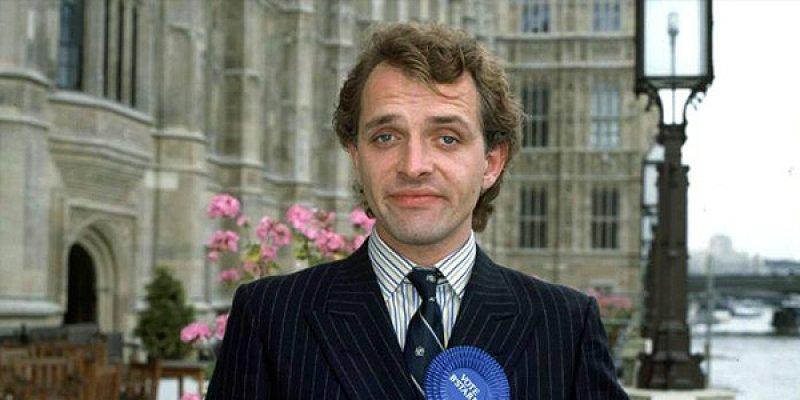 Nasz człowiek w parlamencie tv sitcom 1992