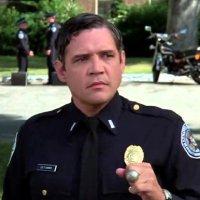 Akademia policyjna film seria komediowa